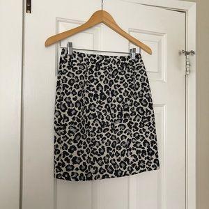 Like-New Halogen leopard-print pencil skirt